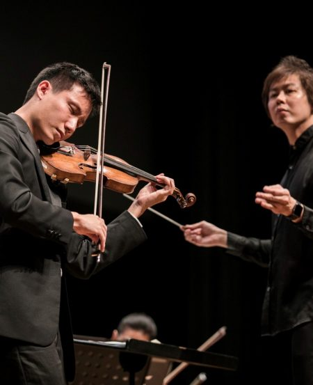 "Soloist Loh Jun Hong and SSO Associate Conductor Joshua Tan, at a ""SSO in Your Community"" concert. (Photo Credit: Chrisppics+)"