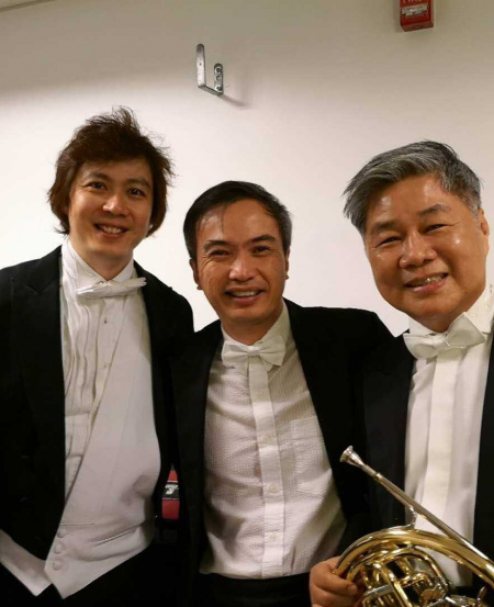 Mr Han with SSO violinist Foo Say Ming (middle) and SSO Associate Conductor Joshua Tan (left).