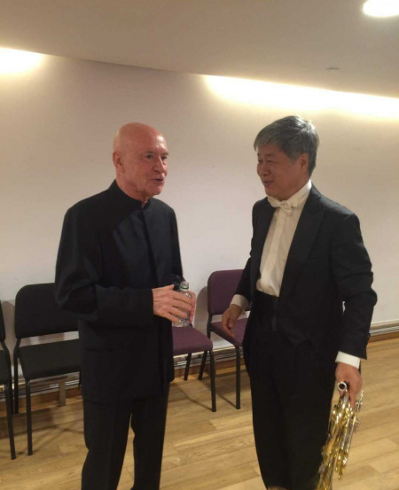 With conductor Christopher Eschenbach, with whom Mr Han had performed Mahler's Sixth Symphony in Shanghai.