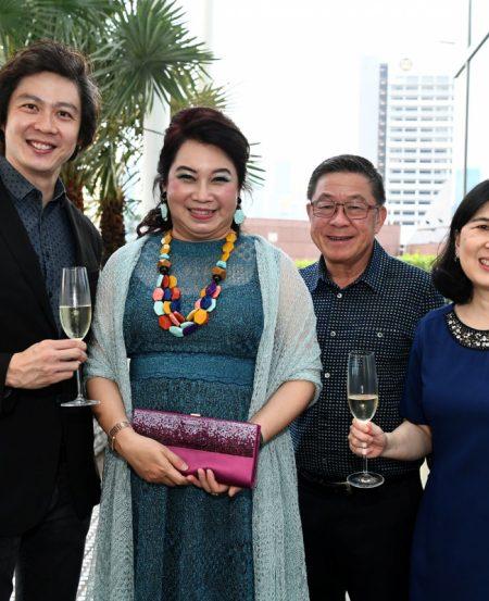 [L-R] Joshua Tan, Kris Tan, Lim Tiang Chuan & Peggy Kek