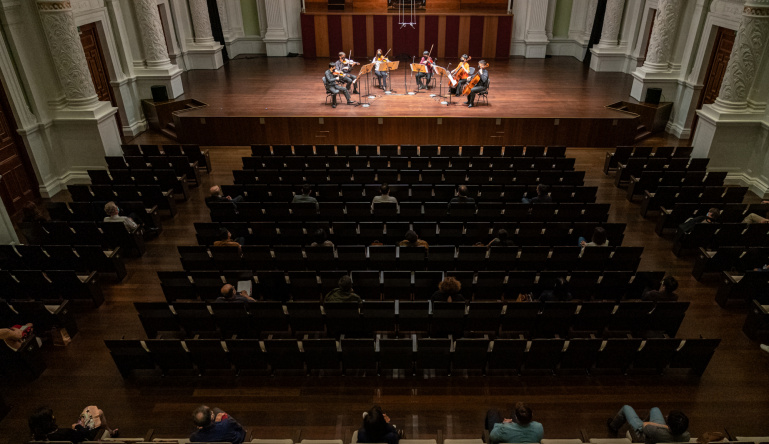 SSO Back on Stage in Live Performance Pilot