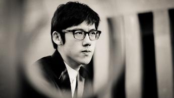 Zhang Haochen Plays Mozart