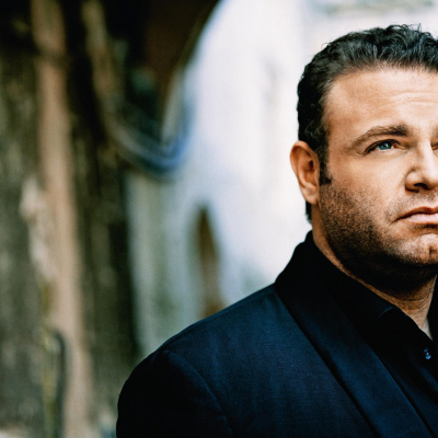 Superstar tenor Joseph Calleja comes to Singapore
