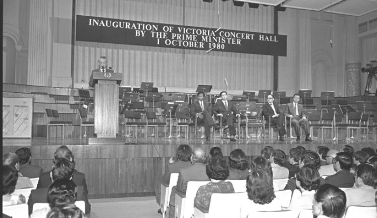 sso-turns-10-in-1989-re-opening-of-victoria-concert-hall-1-october-1980